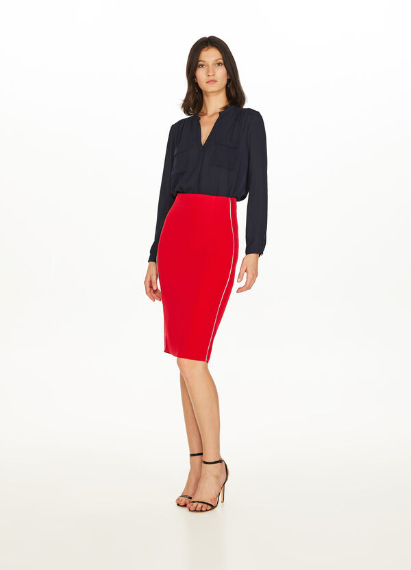 Stretch pencil skirt with split