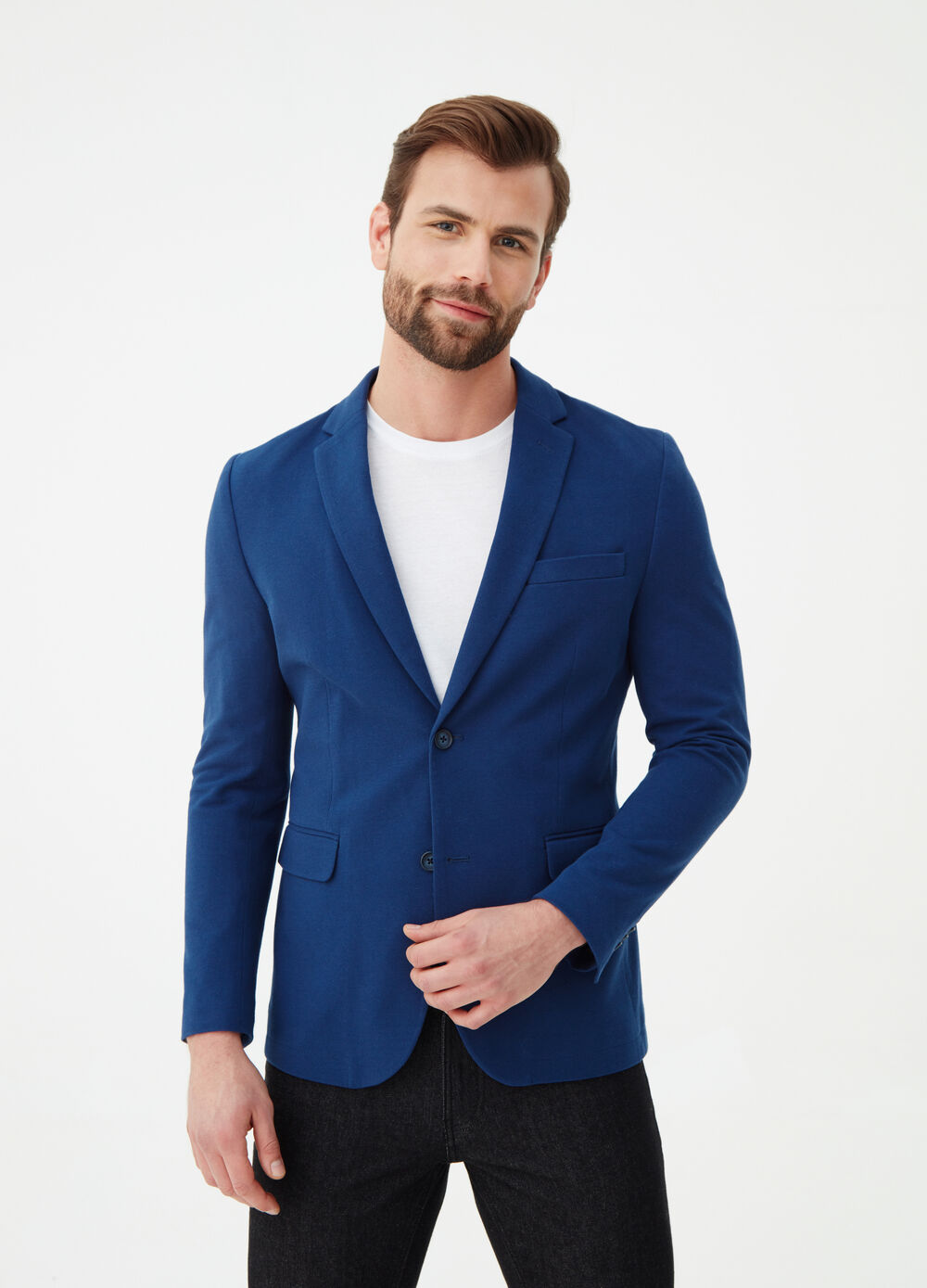 Two-button blazer in solid colour cotton