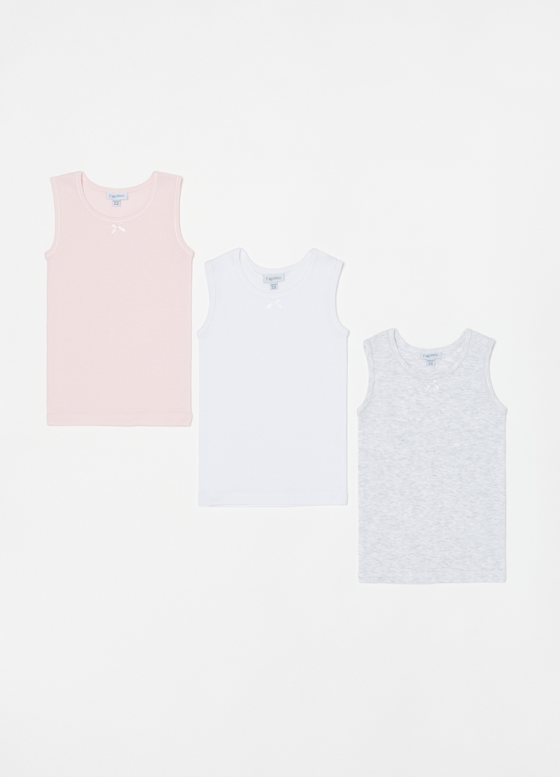 Three-pack vests with round neck and wide straps image number null