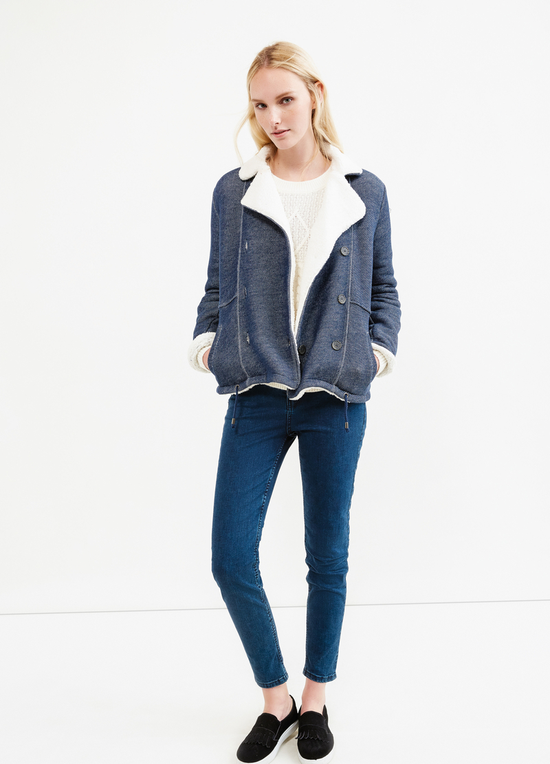 Solid colour jacket with lapels image number null