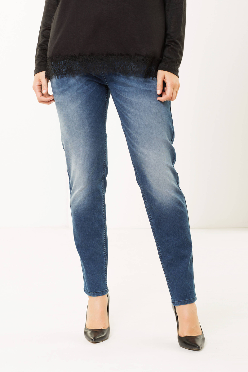 Curvy jeans with rhinestones image number null