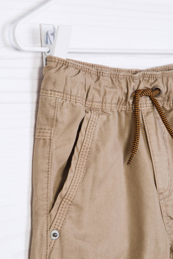 Cotton shorts with contrasting band. | OVS