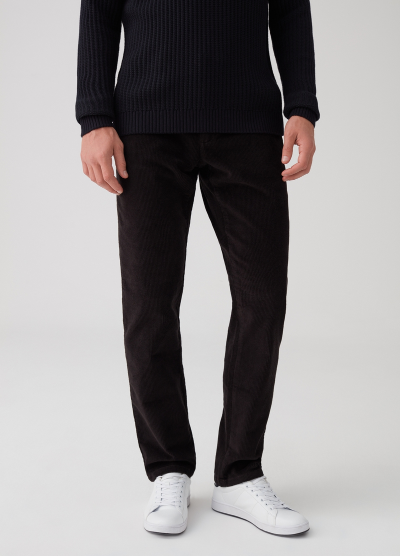 Pantaloni chino regular fit in velluto image number null