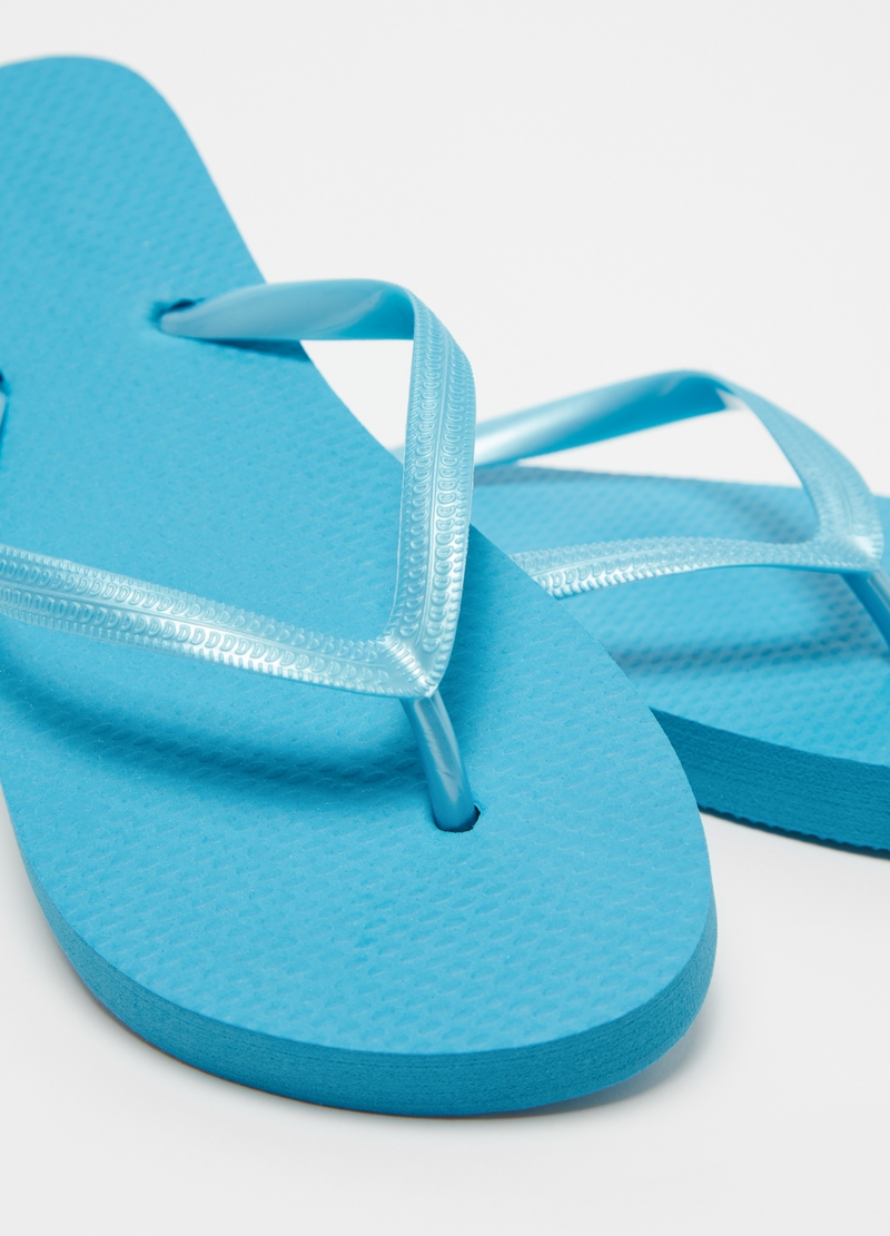 Solid colour thong sandals image number null