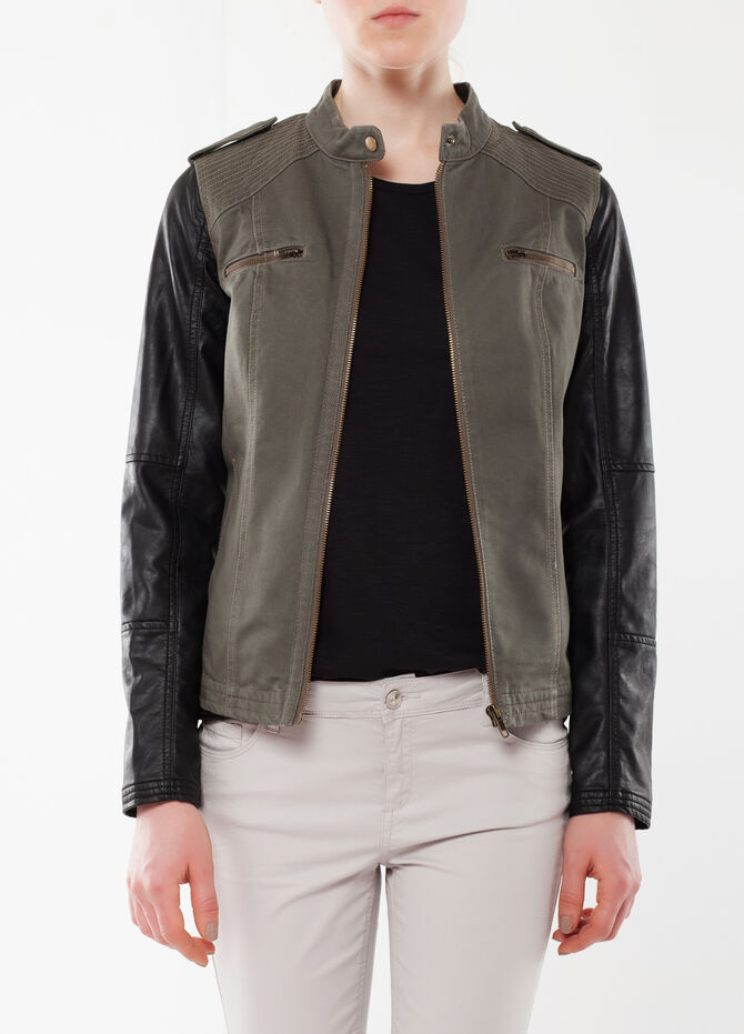 Two-tone jacket with zip
