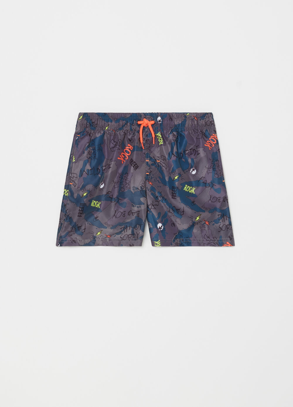 Boxer shorts with camouflage pockets and drawstring