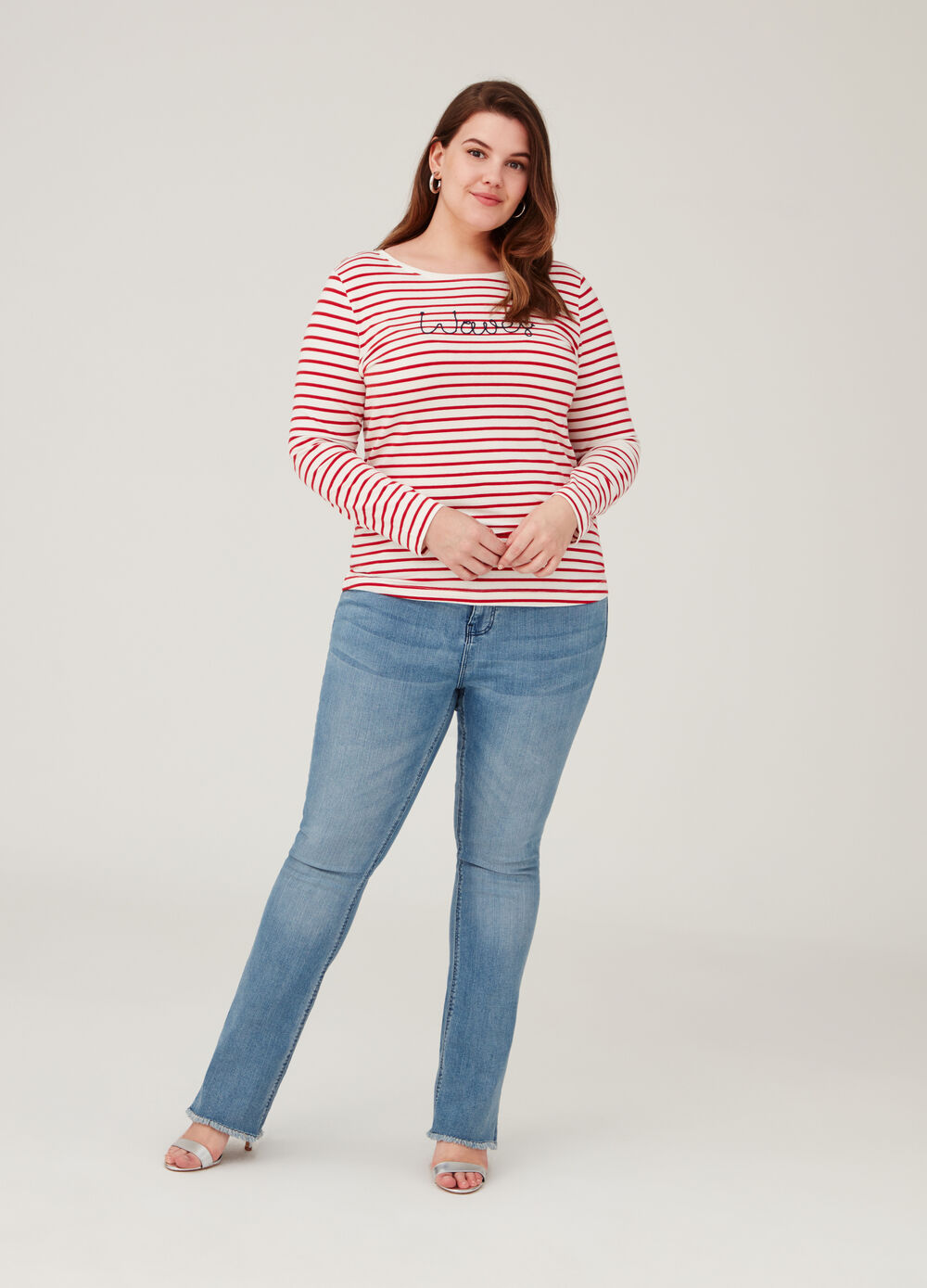 Curvy worn jeans with fringing