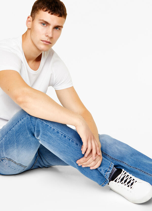 Comfort-fit stonewashed jeans