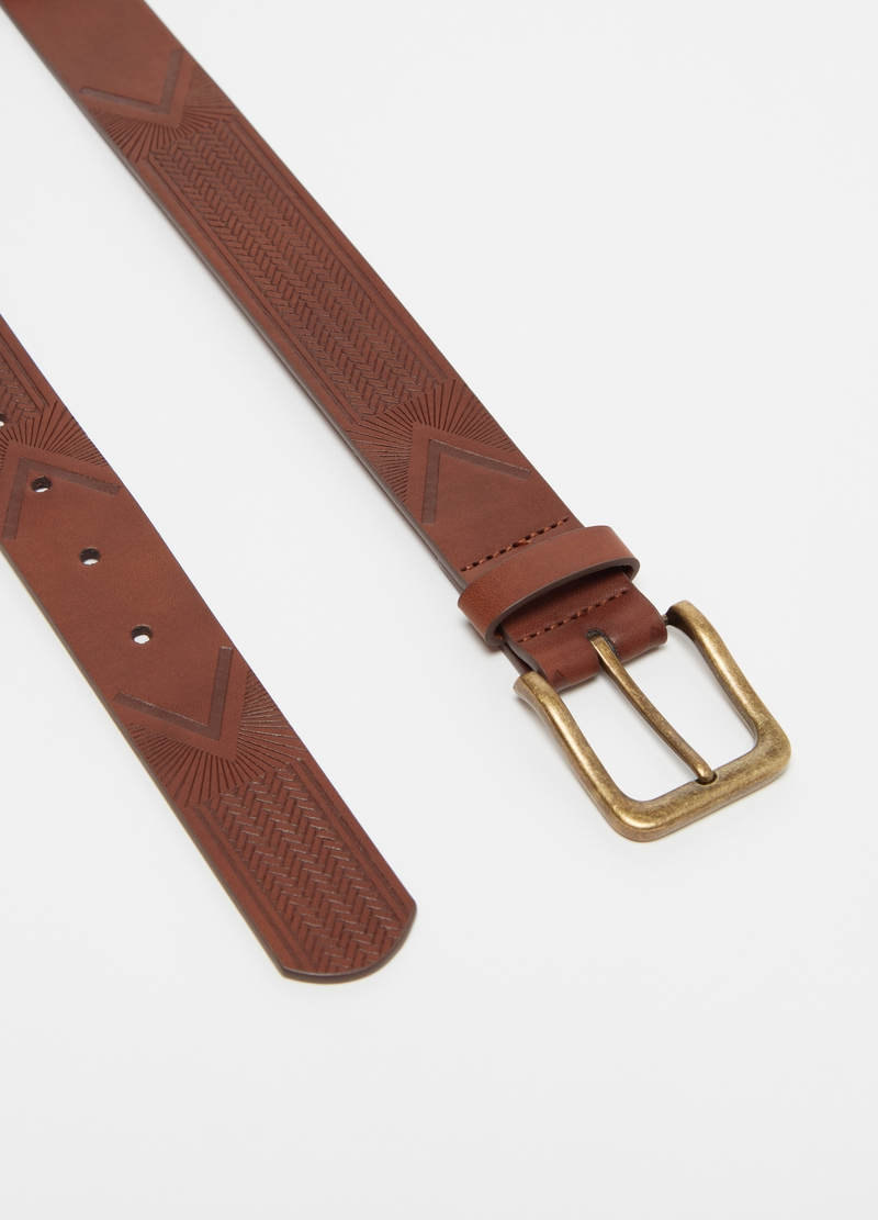 Embossed belt with zigzag motif image number null