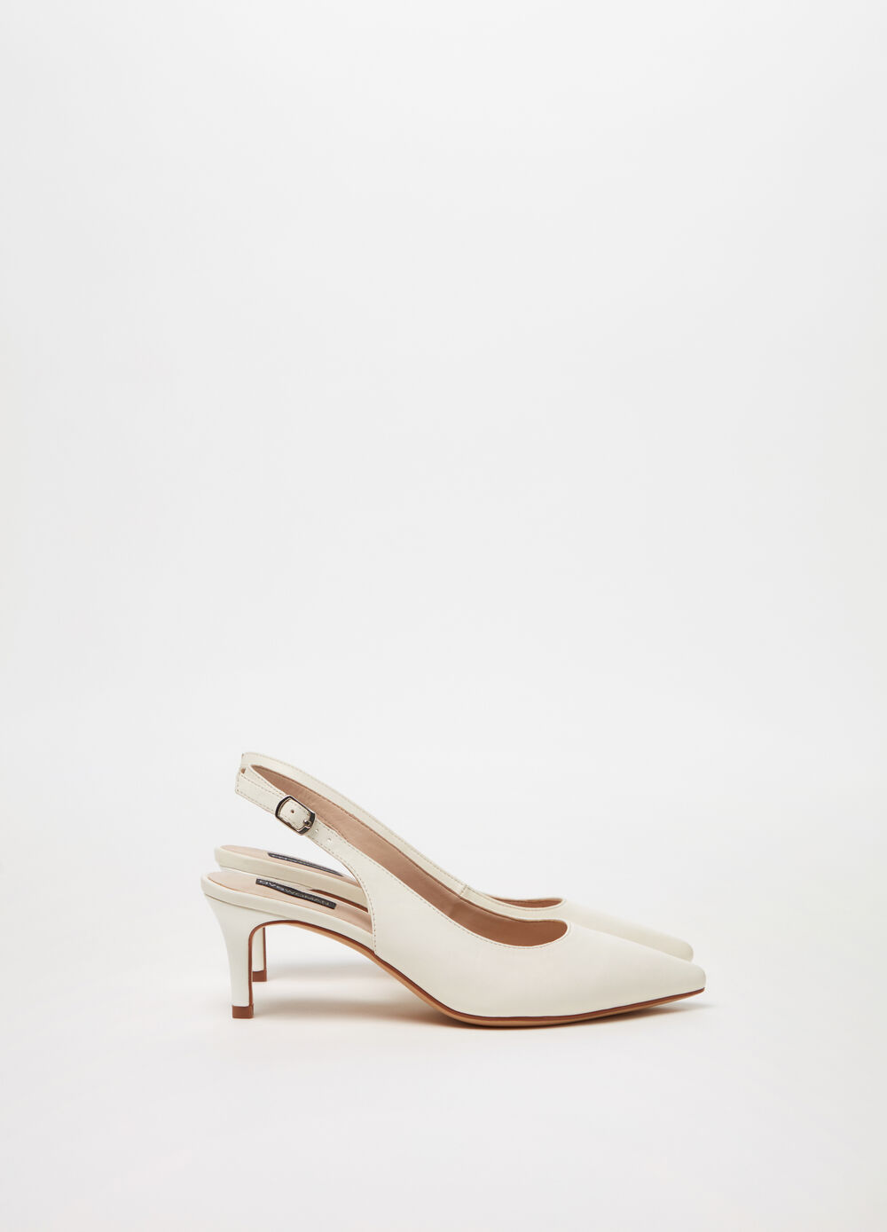 ***Court shoe with thin high-heel and strap