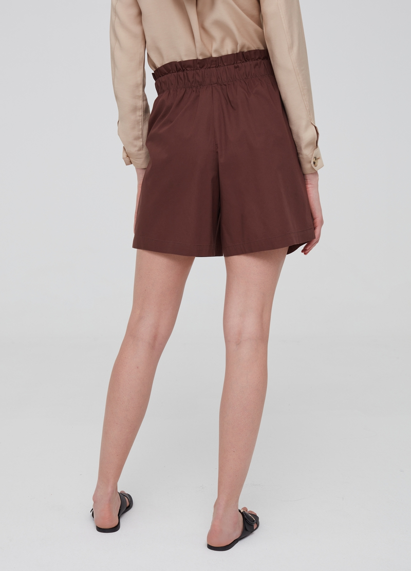Stretch cotton shorts with pockets image number null
