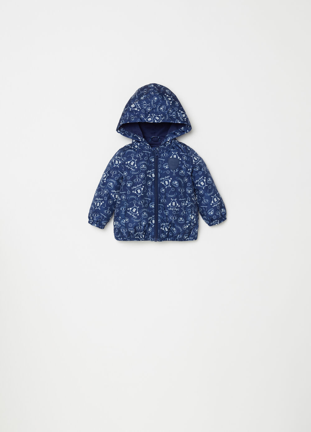 Nylon jacket with hood and pattern