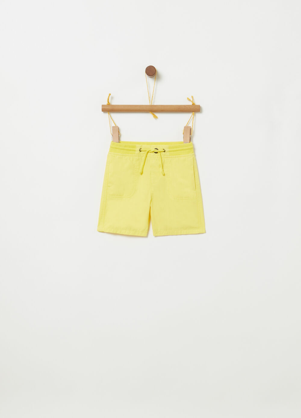 Shorts con costina coulisse e tasche
