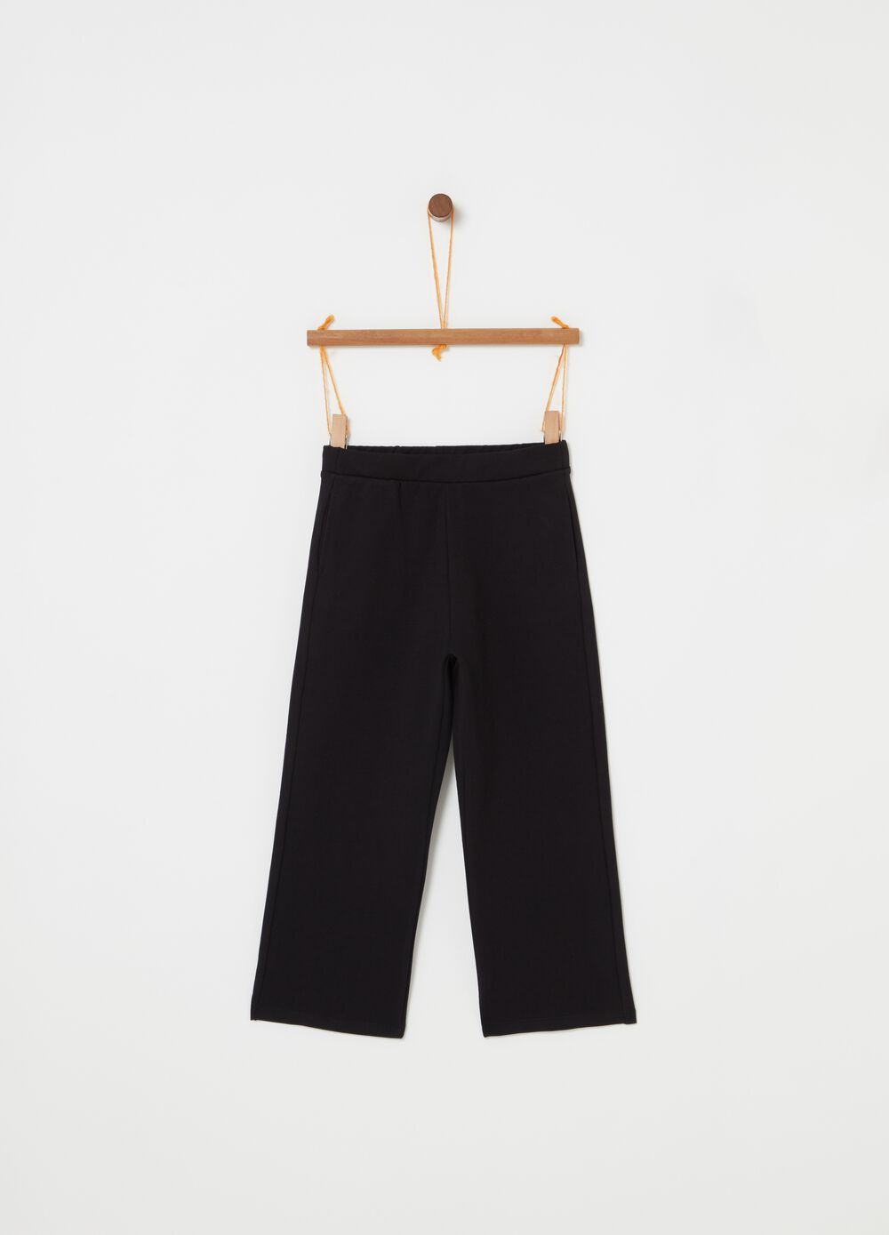Solid colour crop trousers