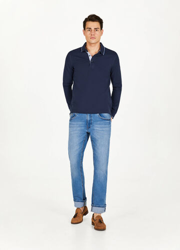 Polo shirt in piqué with striped ribbing