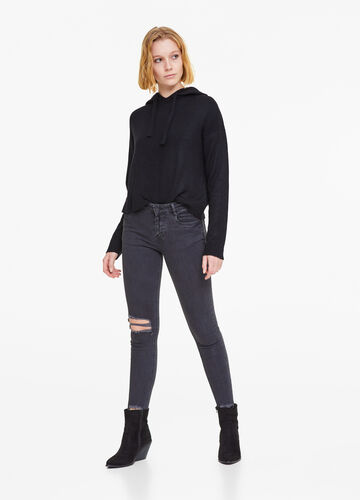 Elasticated skinny jeans with rips