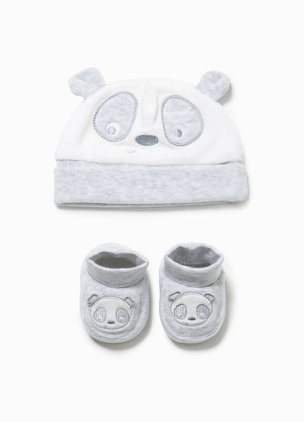 Panda hat and shoes set