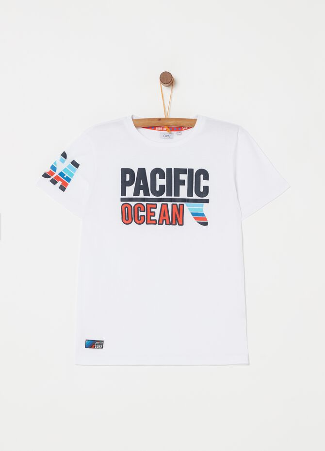 T-shirt in cotton with print and patch