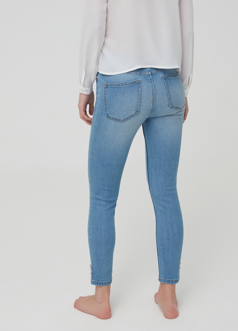 Skinny-fit crop jeans with diamantés image number null