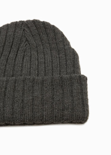 Knitted beanie cap with turn-up