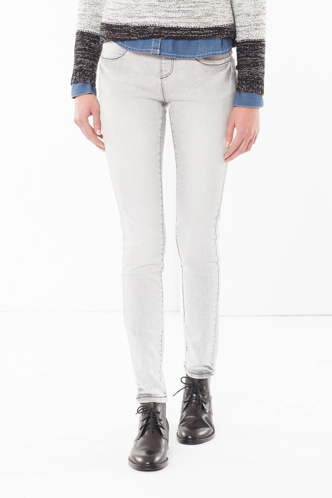 Skinny fit jeans with faded effect.