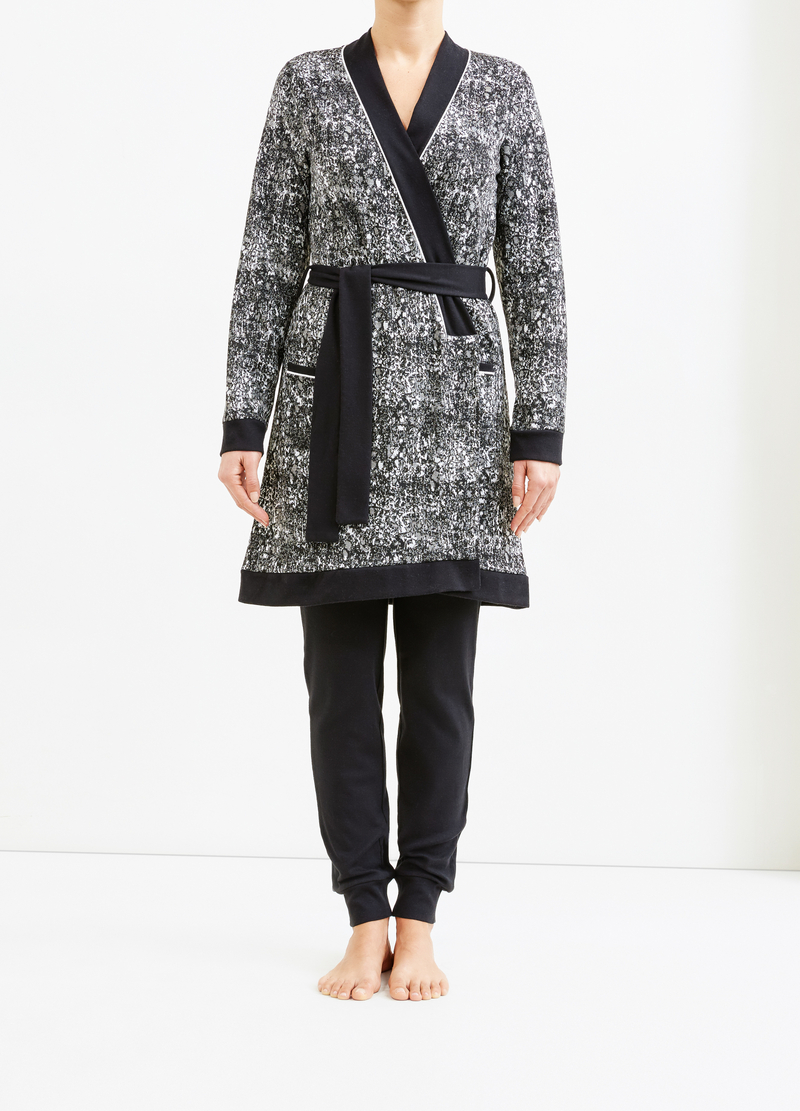 Patterned stretch viscose robe image number null