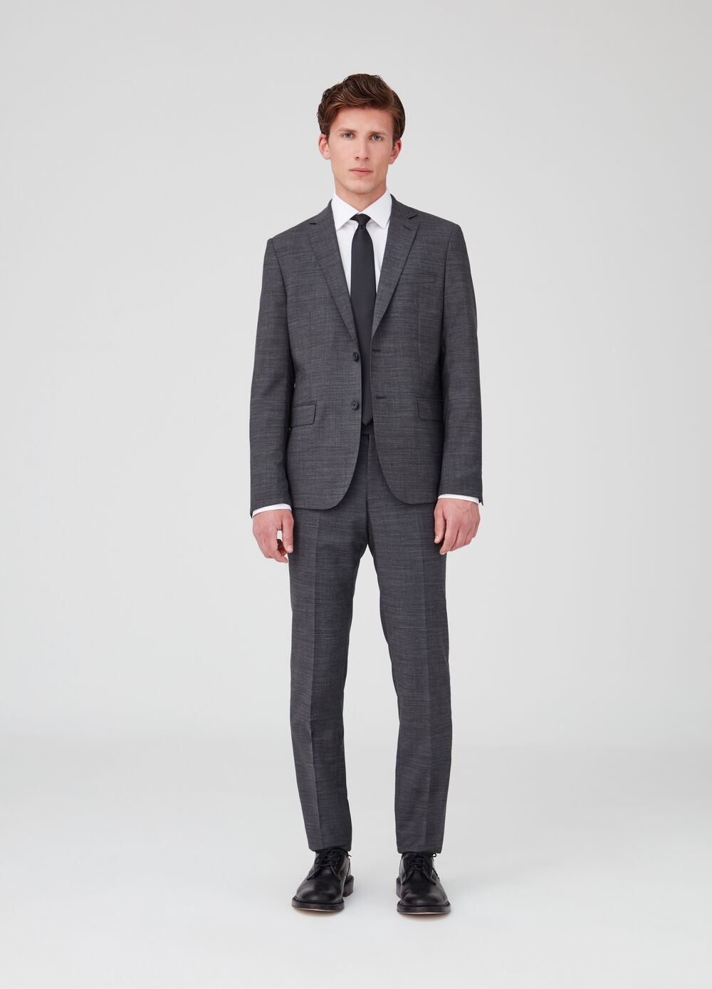 Regular-fit suit consisting of jacket and trousers in wool