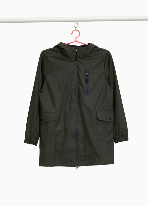 Rain jacket with pockets