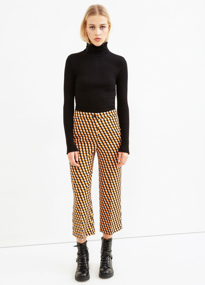 Cropped trousers with geometric pattern