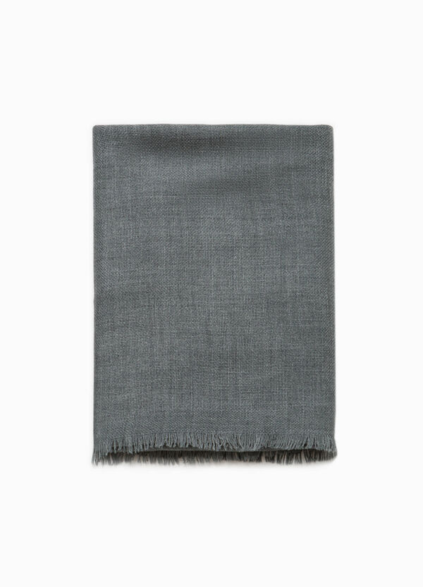 Scarf with fringed trim