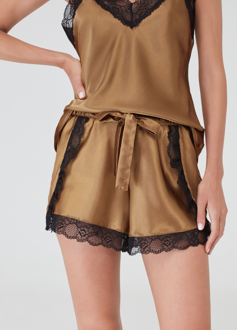 Satin pyjama shorts with lace image number null
