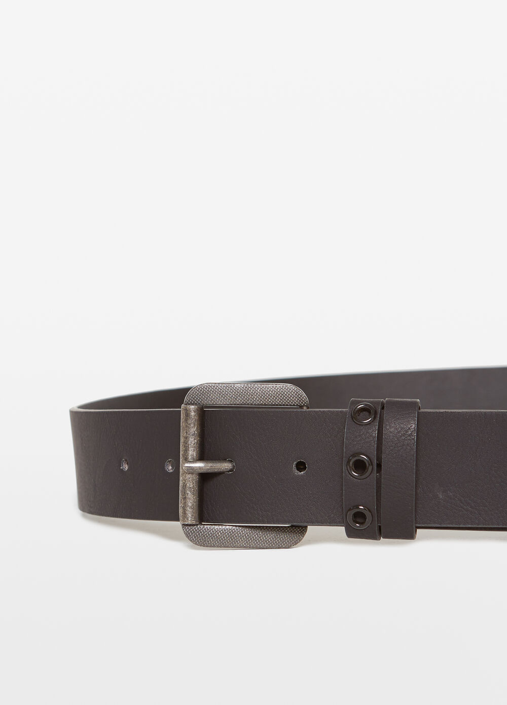 Belt with two loops and eyelets