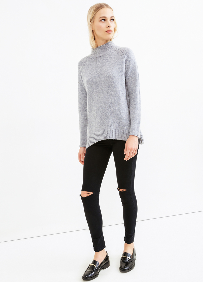 Solid colour wool blend pullover. image number null