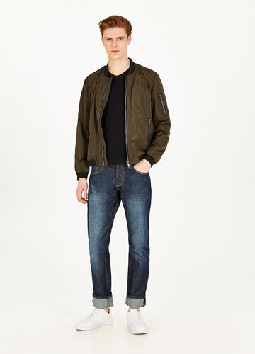 Solid colour bomber jacket with pockets and zip