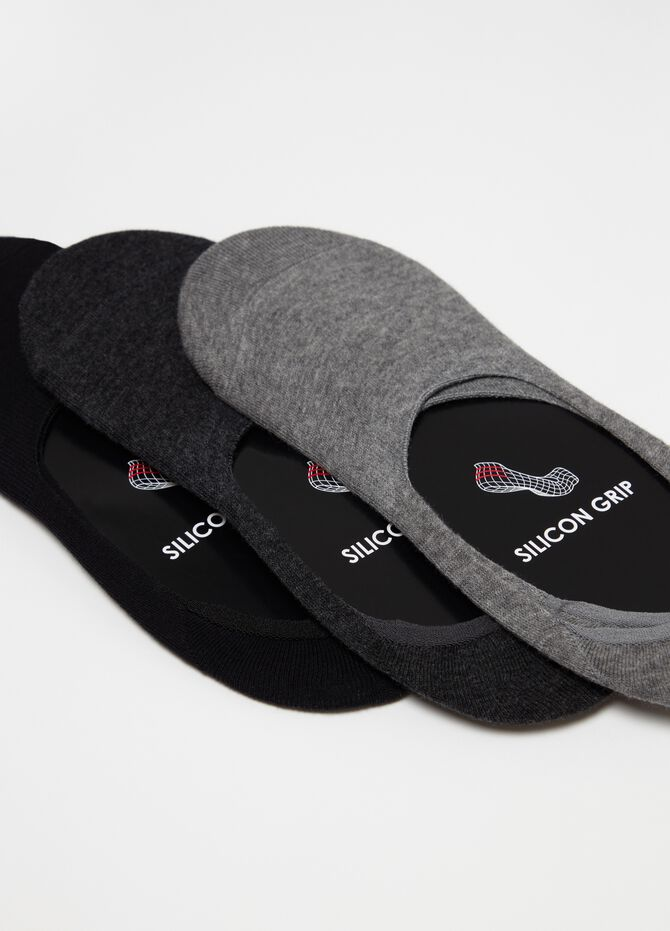 Three-pair pack stretch shoe liners with silicon grip