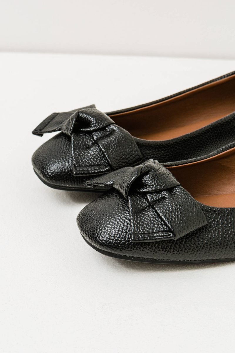 Solid colour ballerina flats with bow image number null