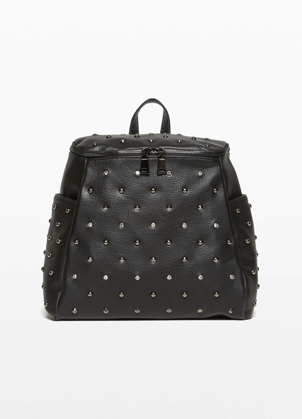 Trapezoidal backpack with studs