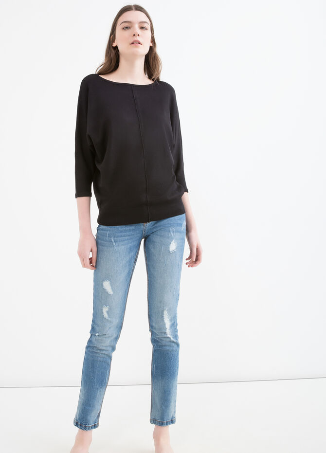 Pullover with kimono sleeves