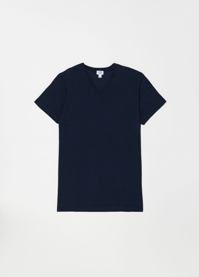V-neck undershirt in 100% cotton