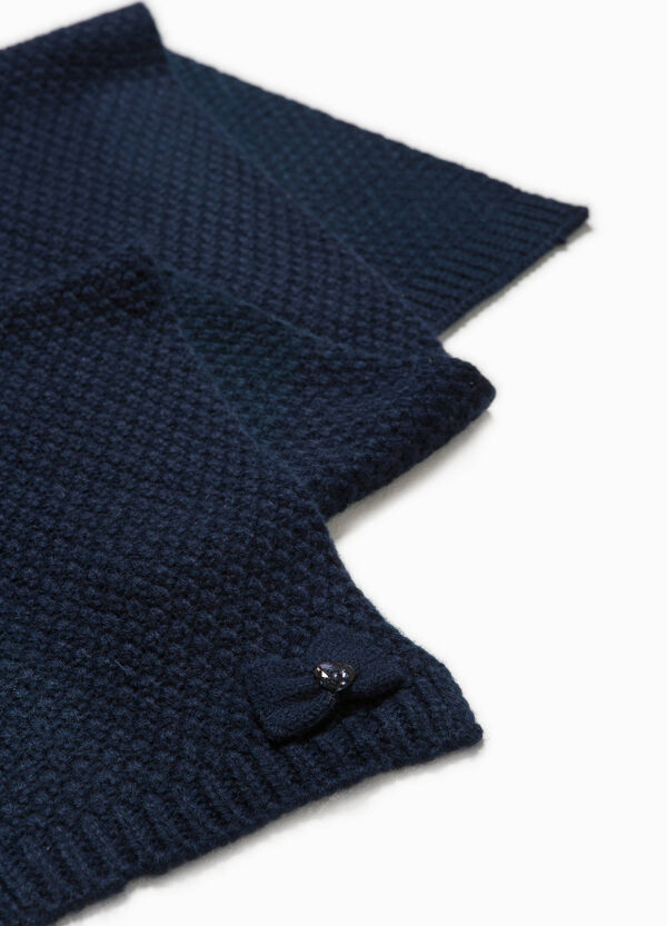 Knitted scarf with fringe and diamanté motif | OVS