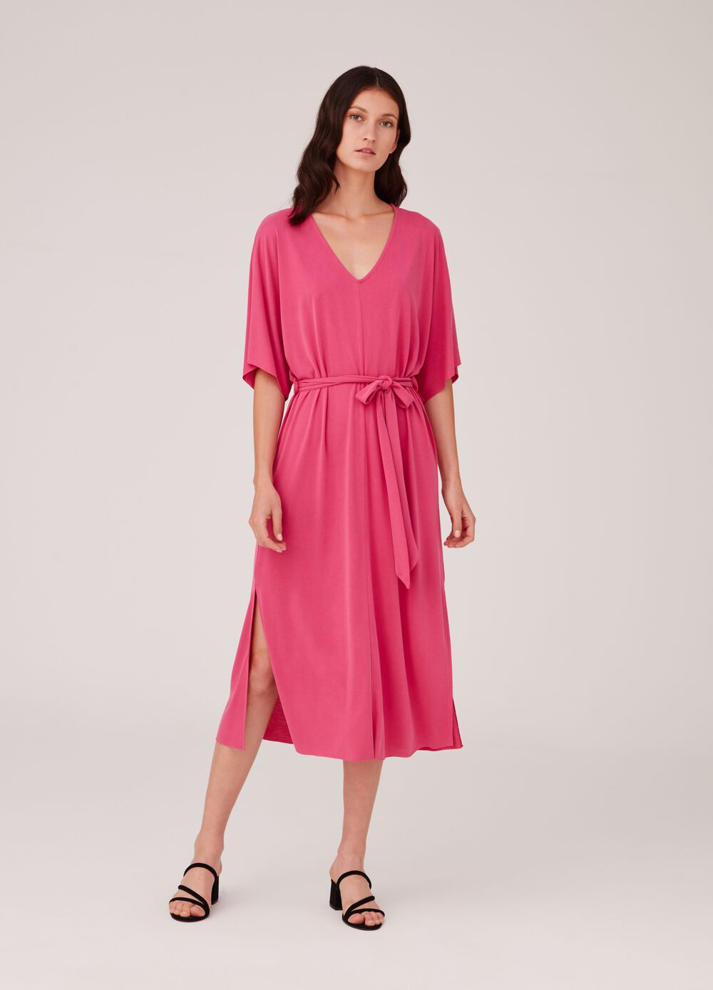 Long dress with elbow-length sleeves and split