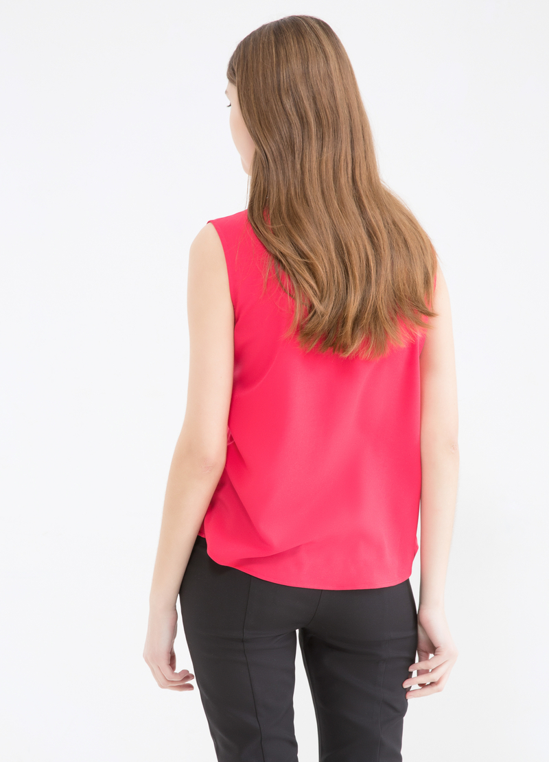 Solid colour sleeveless shirt image number null