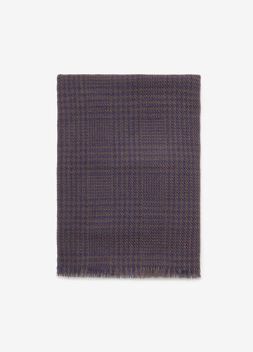 Scarf in Prince-of-Wales fabric