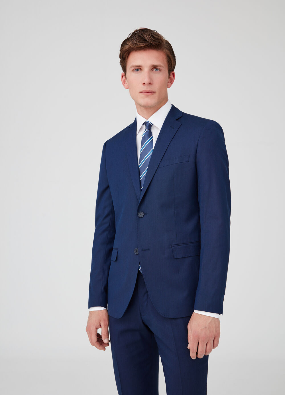 Two-button stretch jacket with pockets