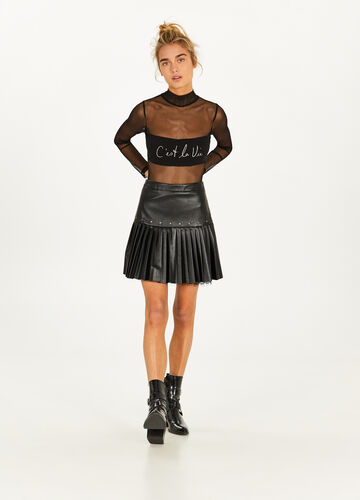 Pleated skirt with studs and lace