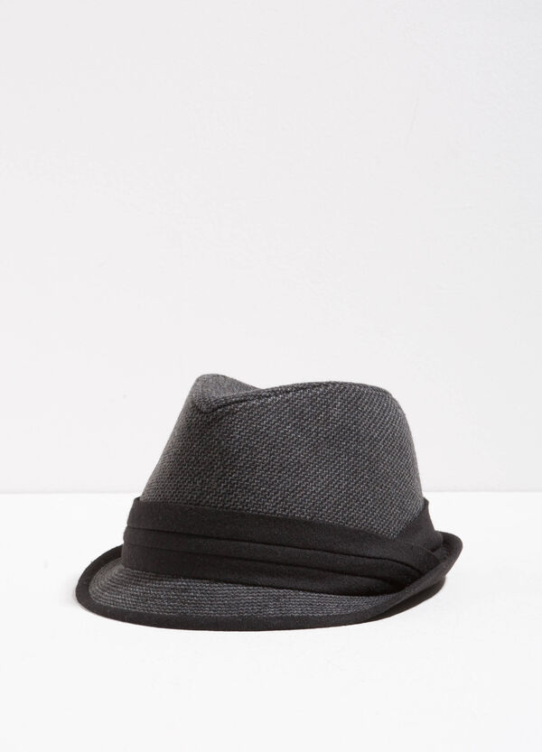 Woven motif hat with wide brim