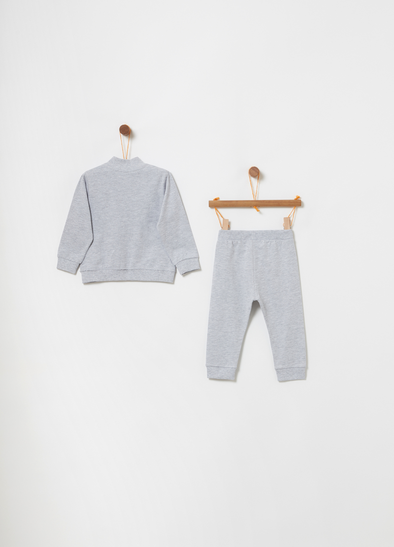 Jogging set with sweatshirt with pockets and trousers image number null