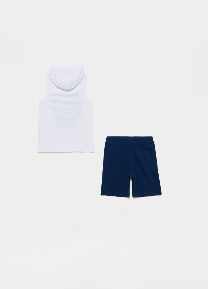 Maui and Sons tank top and Bermuda shorts set image number null