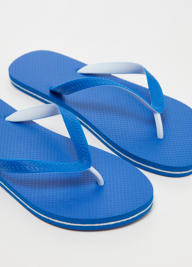 Thong sandals image number null