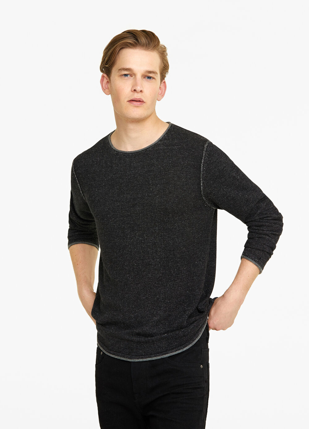 Knitted pullover with roll-up edges